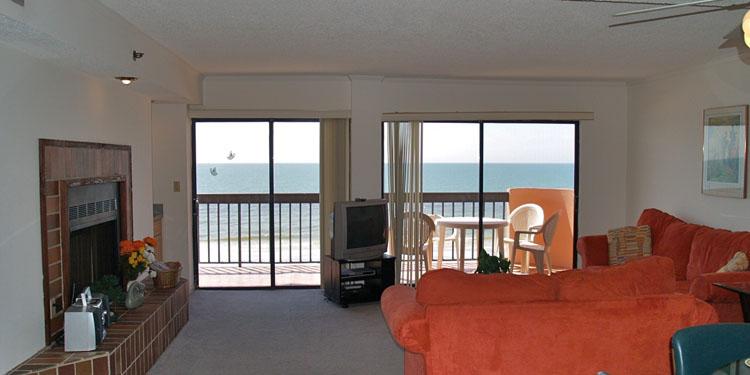 Master Bedroom Balcony Size